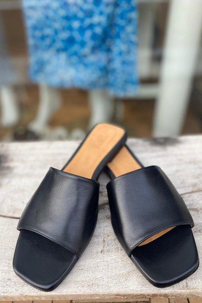 Toral sandaal negro 12618
