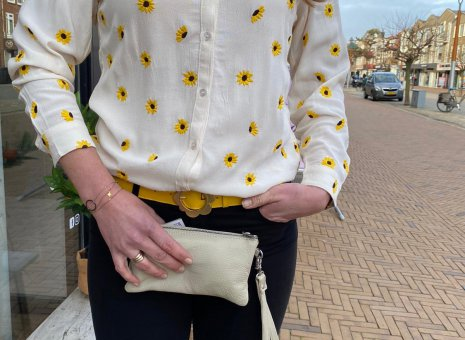 Lily embro blouse off white sunflower