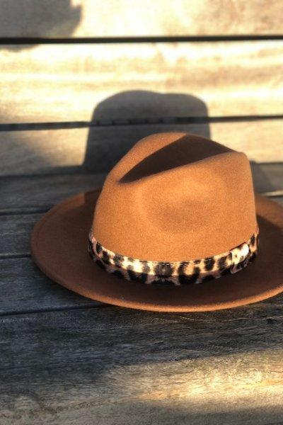 bruin hoed